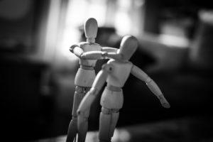 Konflikt kämpfende Figuren